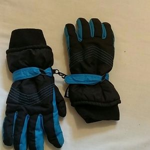 Thinsulate snow gloves youth large